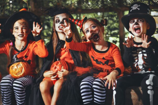 kid's spooky costumes workshop